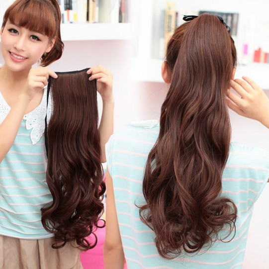 Ponytail-wavy-hair-high-tied